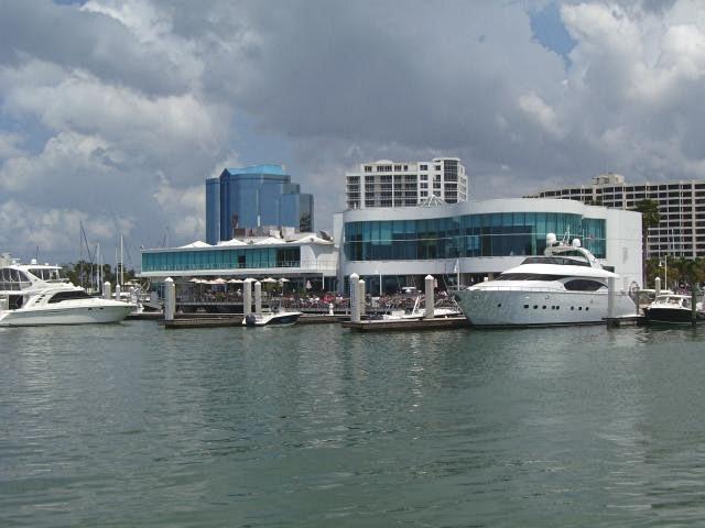 Marina Jack anchors Bayfront Park