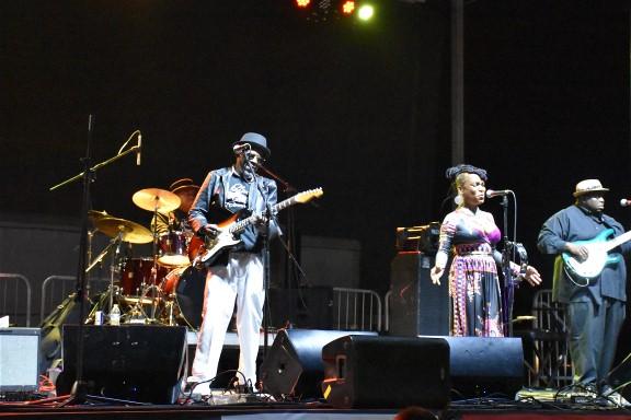 Kat Riggins Band at the Suncoast Blues Festival
