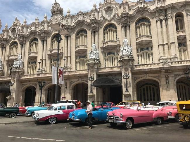 Dana Lawrence visiting Cuba