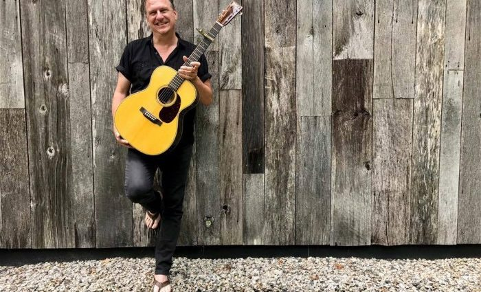 Fogartyville To Host Ellis Paul Live