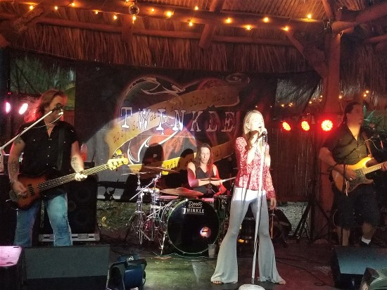 Twinkle and Rock Soul Radio Were Electric at Stottlemyer's Smokehouse