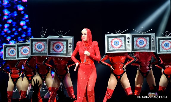 Katy Perry's Witness Tour is Larger than Life
