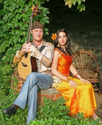 HuDost brings Boundary-Crossing Sounds to Fogartyville