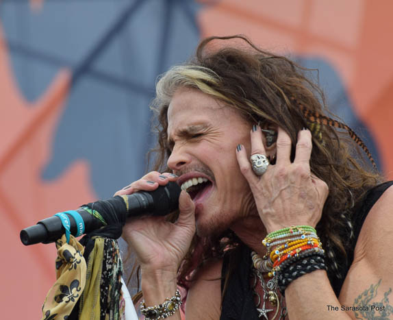 Steven Tyler rocks at the NOLA Jazz Fest!