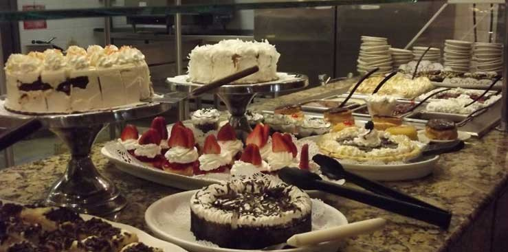 Desserts at Duffs Buffet in Clearwater, Florida