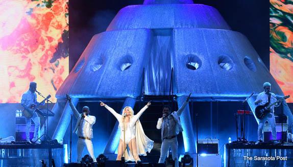 Kesha and Macklemore Tour Wraps Up at Mid-Florida Amphitheatre in Tampa, FL!