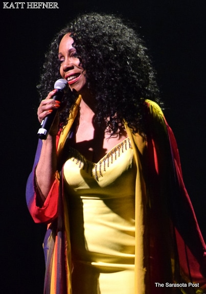 Katt Hefner sang Aretha Franklin's 'Chain of Fools' at the Manatee Performing Arts Center in Bradenton,FL