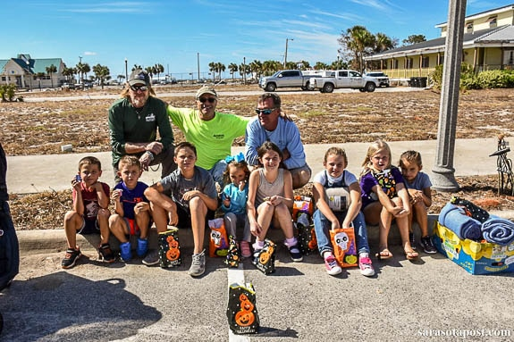 Able to give kids in Port St. Joe, FL a little halloween treat!