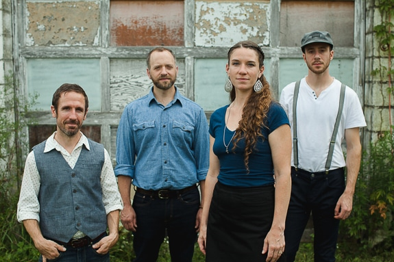 Americana/Roots Band Driftwood to Play Fogartyville in Sarasota, FL