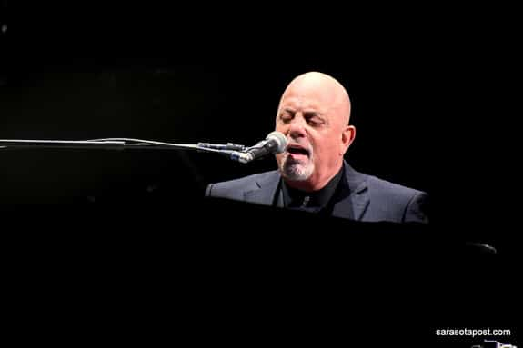 """Billy Joel sings the classic """"Piano Man"""" at his concert in Orlando, FL"""