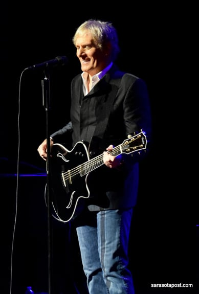 "Michael Bolton sings ""When a Man Loves a Woman"" at the Van Wezel in Sarasota, FL"