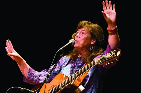 Singer/Songwriter Claudia Schmidt to Perform at Fogartyville in Sarasota, FL