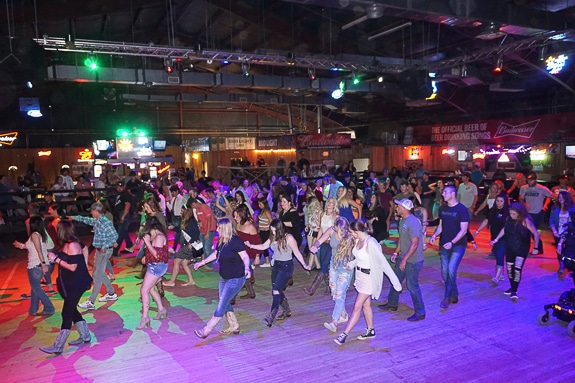 Joyland Country Music Night Club Reopened in Bradenton, FL