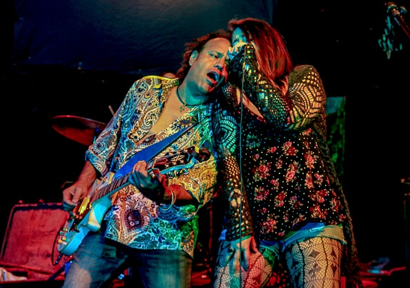 Robert Garcia and Erika Flaskamp of Jukebox Assassins harmonizing.