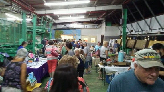 Antiques, Arts and Craft Fair at Mixon Farms in Bradenton, FL
