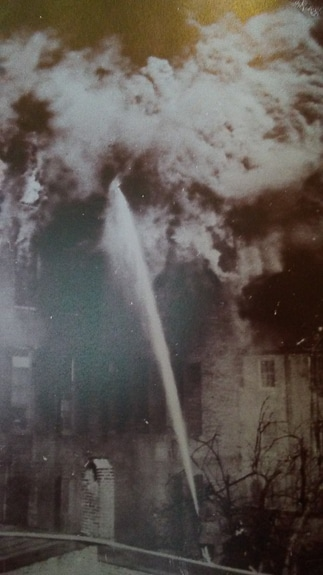 The Hurst Building in Baltimore exploded in 1904 igniting a fire that spread throughout the city.