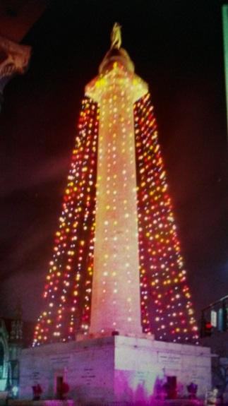 Washington Monument lit up as Baltimore's Christmas Tree!