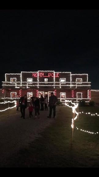 Hunsader Farms Country Christmas