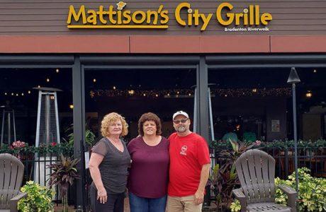 """Mattison's Riverwalk Grille """"Round Up For Charity"""" in Bradenton"""