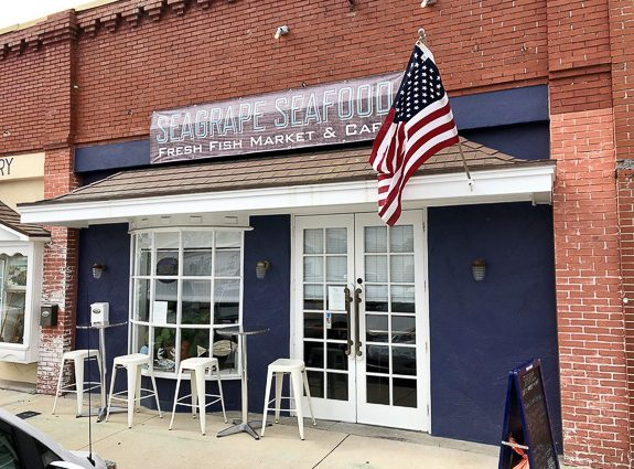 Fresh Seafood Market in Historic Downtown Palmetto, FL - Seagrape Seafood Market & Cafe