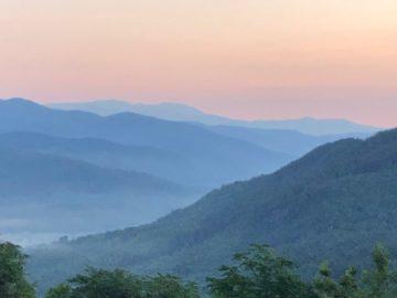 Mountain views in Hendersonville